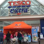 Product sampling with Jucee in Tesco Extra Supermarket