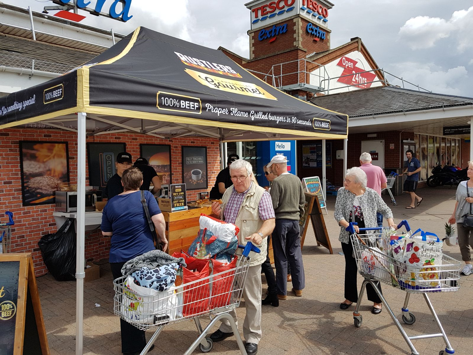 Rustlers-Gourmet,-Experiential-Sampling-at-Tesco,- Supermarkets